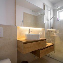 Apartman kupatilo 1