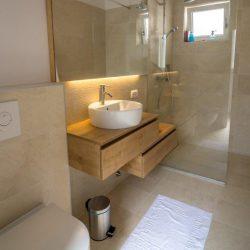 Apartman kupatilo 2